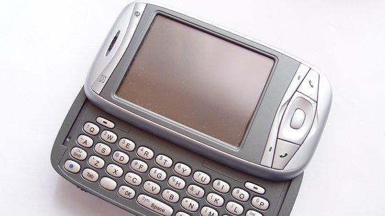 Konieczne są badania szkodliwości telefonów komórkowych na płodność