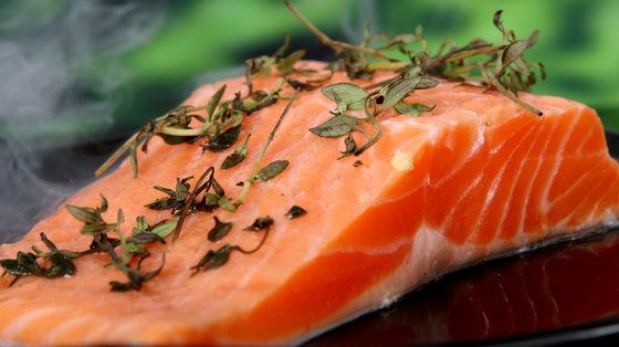Kwasy tłuszczowe omega-3 mogą obniżyć ryzyko zachorowania na chorobę Alzheimera