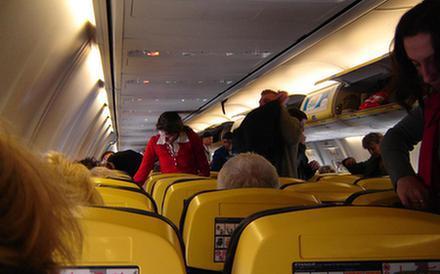 Komu zagraża podróż samolotem?