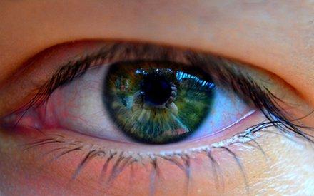 Zaczerwienienie oczu. Zobacz, co może oznaczać